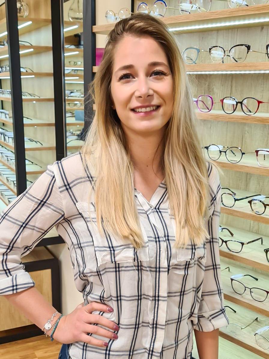 Fanny Montpellier opticienne à l'Optique Occitane